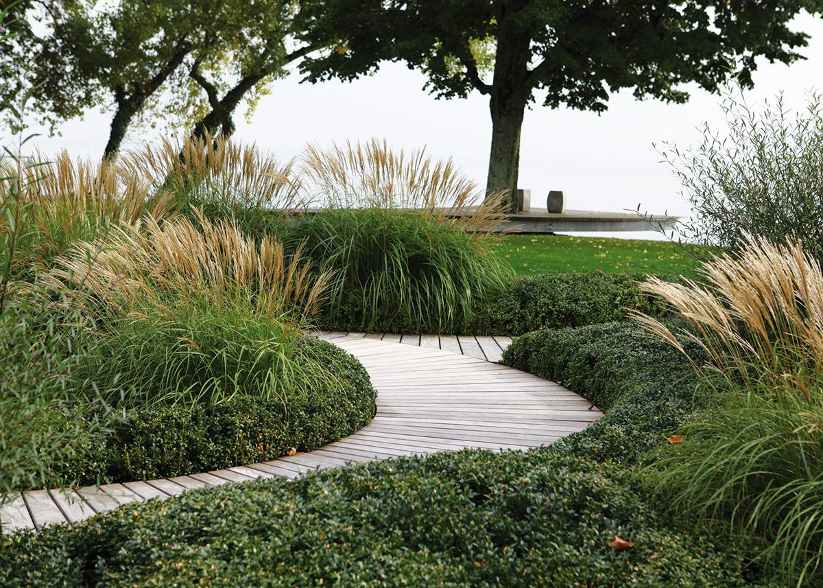 Jardin passerelle projets l atelier c t jardin sa for Architecte jardin versailles