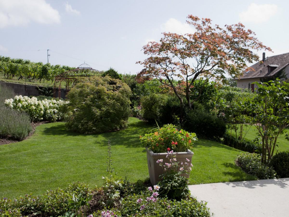 Le jardin de famolens projets l atelier c t jardin sa for Jardin 300m2